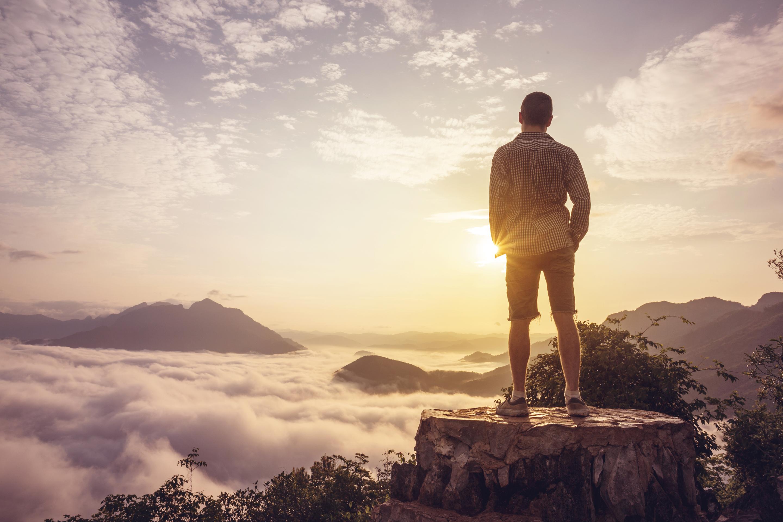 山頂から見る日の出